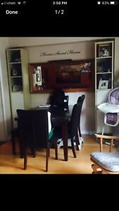 Dining room table *MUST GO ASAP*