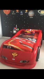 Lightning McQueen cars complete bedroom set