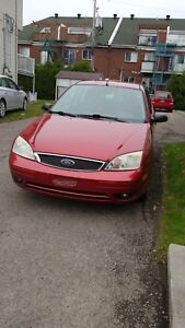 Ford Focus ZX5.  2005