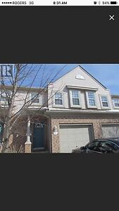 townhome 3 bedroom for rent in south Guelph