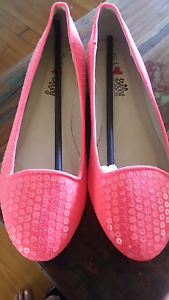 Ladies Flats Mount Lawley Stirling Area Preview