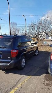 As is 2003 Dodge caravan  / van