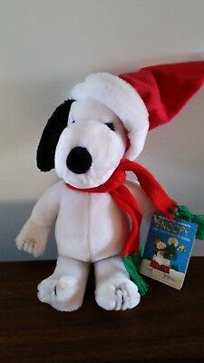 Vintage Applause Snoopy And The Peanuts Gang Christmas Holiday Santa Plush