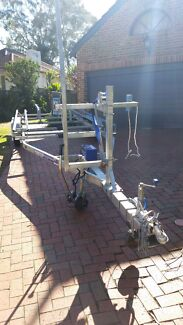 Pontoon boat trailer Woolooware Sutherland Area Preview