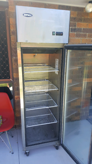 Quipwell 410L commercial display freezer stainless steel