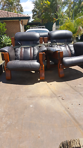 2x 2 seat couch Archerfield Brisbane South West Preview