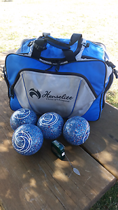 Lawn Bowls & Bag. Size 3 Westbury Meander Valley Preview
