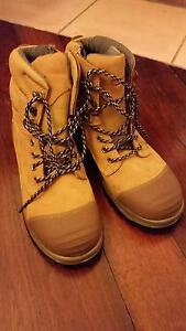 Blundstone Steel Cap Boots- NEVER WORN Mount Lawley Stirling Area Preview