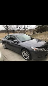 2014 Honda Accord touring V6 MINT CONDITION!!!