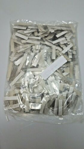 500pcs NEW Do-It Self-Stick Clear Plastic Hang Tabs Slotted Adhesive Hangers