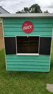Brand new beach shack cubby house Oak Park Moreland Area Preview