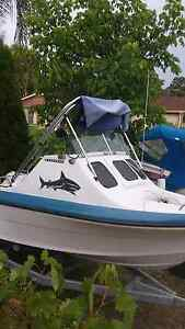 $ 5500 Half cab seafarer boat Eagle Vale Campbelltown Area Preview
