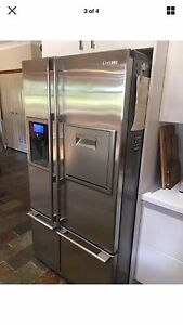 Family-sized Samsung refrigerator This fridge/Freezer Brisbane City Brisbane North West Preview