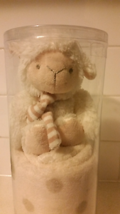 Little Lamb and fleece baby blanket Gift Pack Yarraville Maribyrnong Area Preview