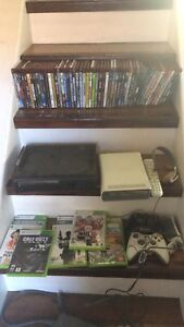 X-box 360 game console with HD DVD player