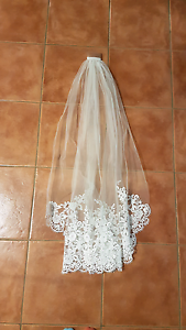 Wedding Veil Dunlop Belconnen Area Preview
