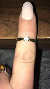10k gold diamond engagement ring