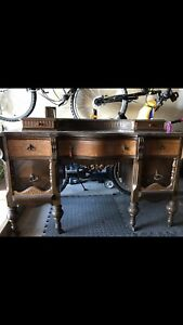 Gorgeous Vintage Makeup Vanity or Desk