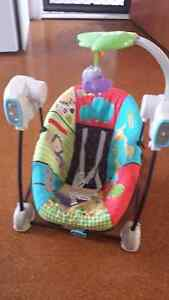 Vibrating  baby swing Logan Central Logan Area Preview