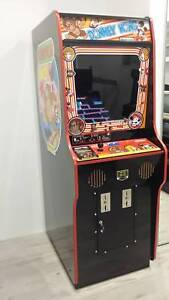Donkey Kong Arcade Machine (original size spec plus more...)