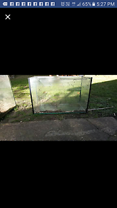 2ft fish tank Dayboro Pine Rivers Area Preview