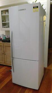 Fridge 400L Fisher&Paykel Great Condition