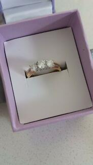 trilogy diamond engagement ring Medina Kwinana Area Preview