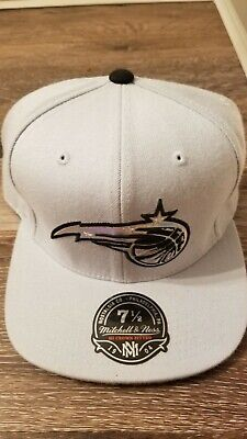 7 1/2 Mitchell Ness fitted Orlando magic cap. Throwback hat.