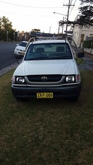 2004 Toyota Hilux 2.7 Workmate