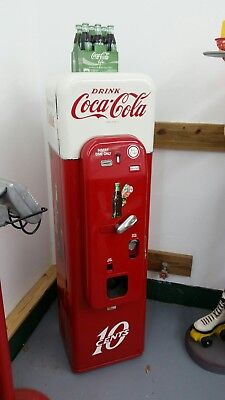 1955 VMC Vendo 44 Coke Machine Professionally Restored 81 39 by Carl Coates