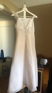 Girls size 14 special occasion dress