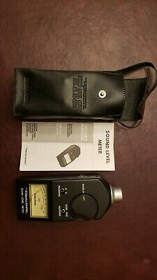Vintage Radio Shack Realistic Sound Level Meter No. 33-2050 W Case