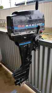 9.8 mercury boat motor Tumut Tumut Area Preview