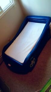 Toddler size car bed