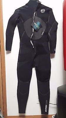 Hyperflex Wetsuit Men's 3.2 mm Amp 3 Back Zip Full suit Black Long Sleeve NWT XL