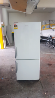 380L Electrolux Fridge/Freezer - Delivery Available