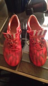 Adidas soccer cleats excellent condition
