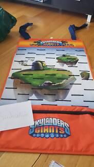 Skylanders figures and games
