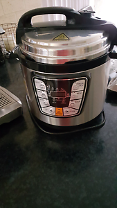 Delta pressure and rice cooker Telarah Maitland Area Preview