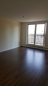 1 BEDROOM IN CENTRAL HALIFAX AT 5511 CHARLES ST OCTOBER 1ST