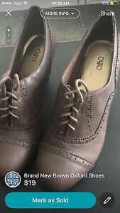 Brand New Brown Oxford Shoes/ Nouvelle Chaussures Oxford