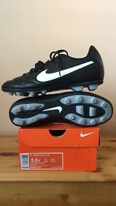 Nike Jr Tiempo Rio Interchangeable  FG-R Size  6Y - Soccer Shoes