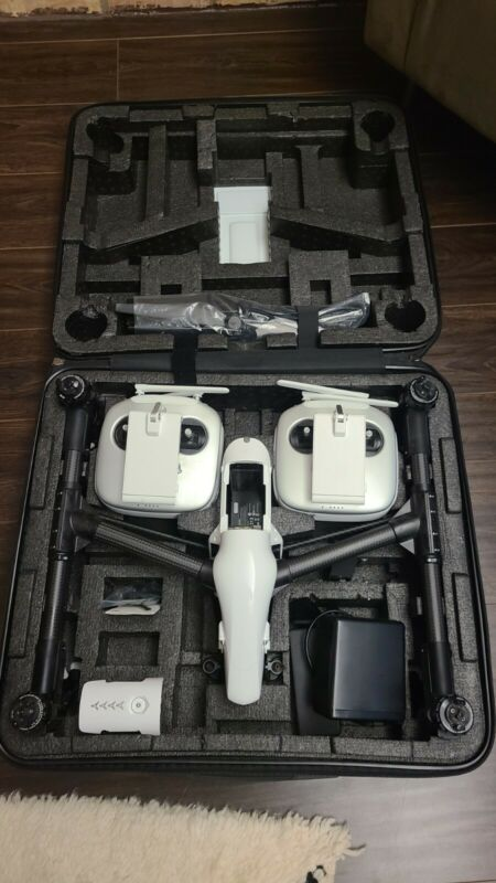 DJI Inspire 1 PRO Quadcopter w/ X5 mount (No Camera)