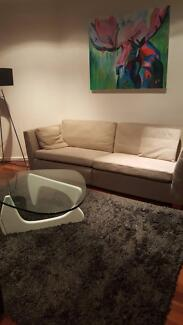 Private room with shared bathroom in Saint Kilda East