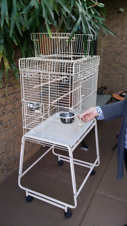 Strong bird parrot cage. Heavy duty bars