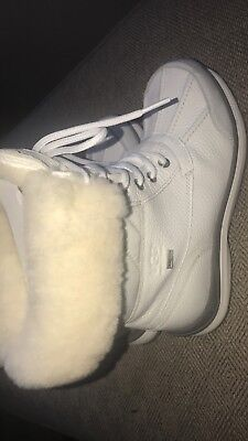Ugg Winter Trendy Boots In White For Snow Or Shine Size 8 Brand New for sale  Somers