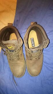 rivers mens boots brown size 10 Collingwood Park Ipswich City Preview