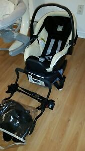 Peg Perego 4-35 car seat & base