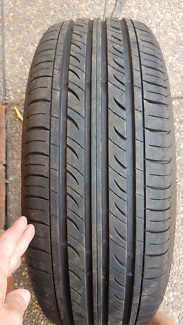 215 65 16 tyre Rathmines Lake Macquarie Area Preview