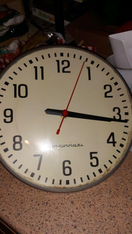 """Vintage LARGE Cincinnati Industrial 15"""" Wall Clock Curved Metal Heavy 8 lbs"""